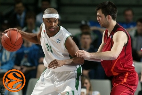 Tariq Kirksay - Unics Kazan - Final Eight Turin 2008