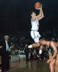 Aleksandar Djordjevic of Partizan hits the game-winning triple in the 1992 final