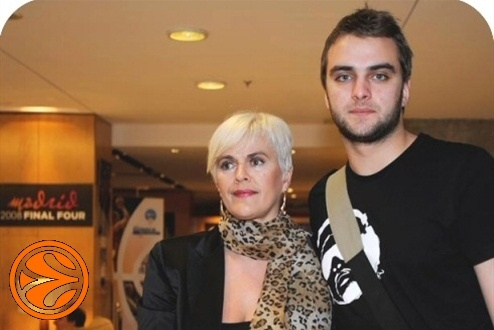 Mirsa Delibasic, woman and son - 50 years legends in Madrid - Final Four Madrid 2008