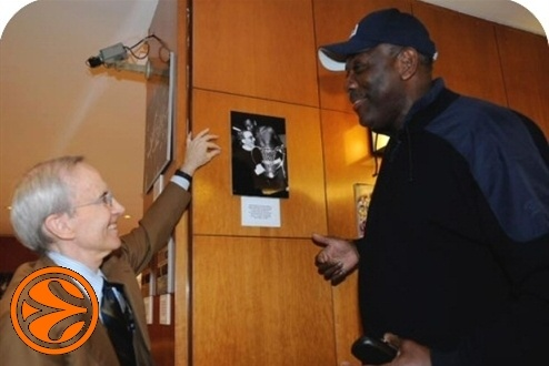 Dan Peterson and Bob McAdoo - 50 years legends in Madrid - Final Four Madrid 2008