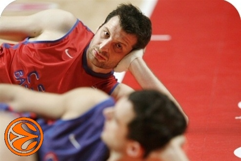 Theo Papaloukas - CSKA practices - Final Four Madrid 2008