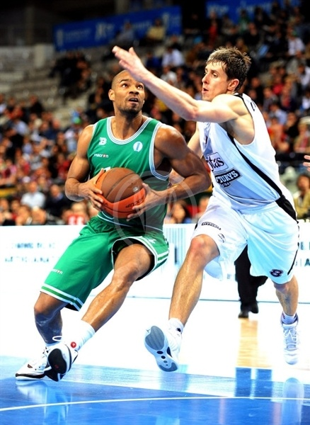 Gary Neal - Benetton Basket - Final Eight Turin 2009