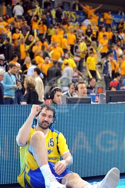 Jorge Garbajosa celebrates - BC Khimki - Final Eight Turin 2009
