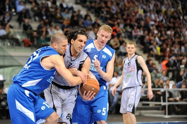 Tomislav Ruzic - Zadar and Salva Guardia - iurbentia Bilbao - Final Eight Turin 2009