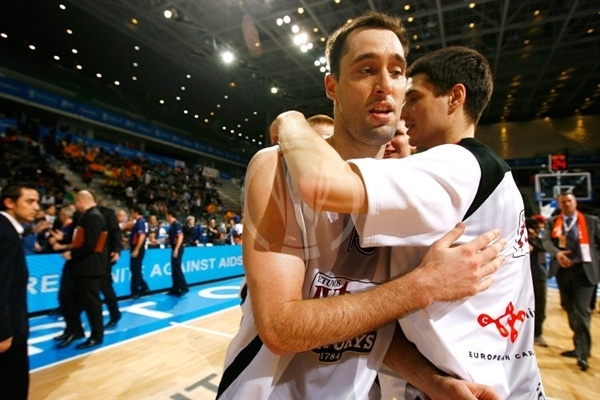 Chuck Eidson celebrates - Lietuvos Rytas - Final Eight Turin 2009