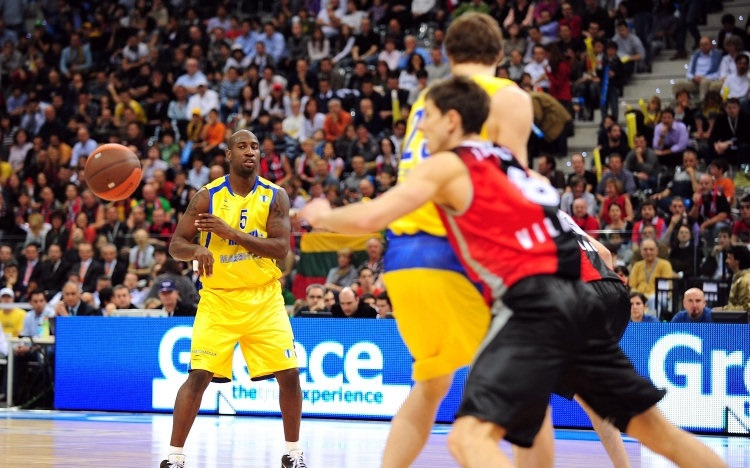 Milt Palacio - BC Khimki - Final Eight Turin 2009