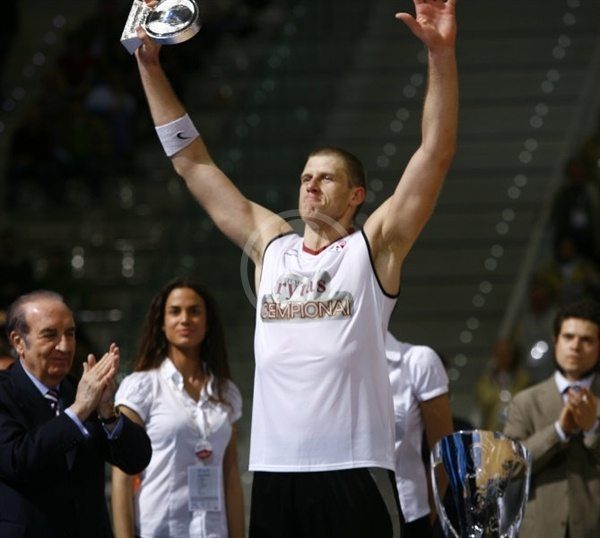 Marijonas Petravicius MVP - Final Eight Turin 2009