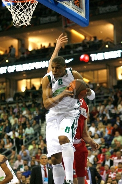 Mike Batiste - Panathinaikos - Final Four Berlin 2009