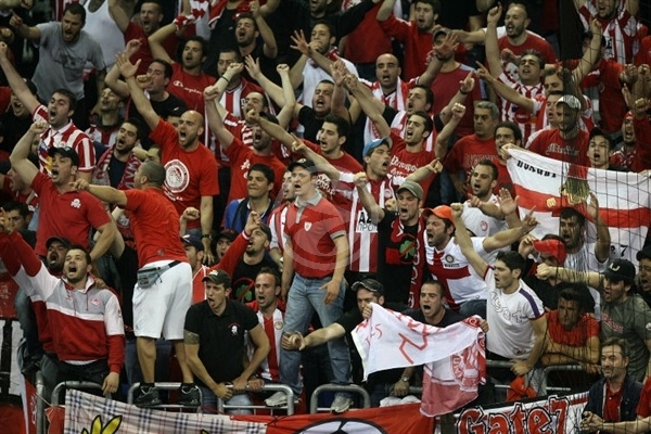 Olympiacos fans - Olympiacos - Final Four Berlin 2009