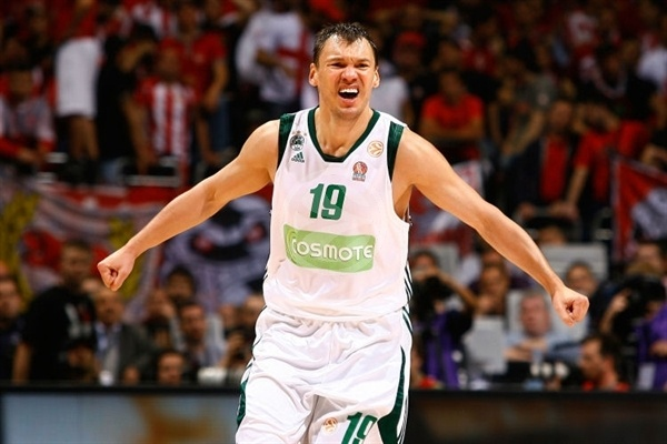 Sarunas Jasuikevicius celebrates - Panathinaikos - Final Four Berlin 2009