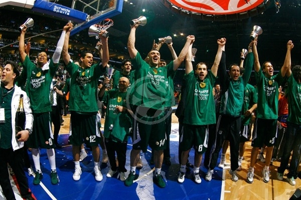 Panathinaikos is EB Champ 2008-09 - Final Four Berlin 2009