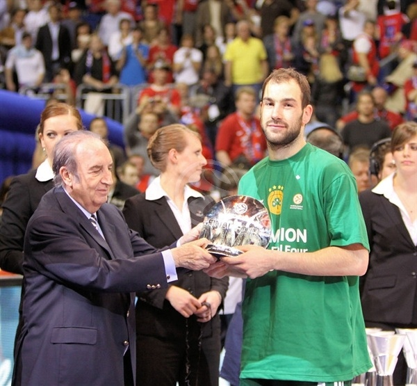 Vassilis Spanoulis MVP - Panathinaikos Champ 2008-09 - Final Four Berlin 2009