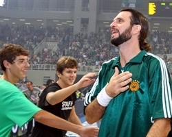 Fragiskos Alvertis, Panathinaikos, at farewell retirement game