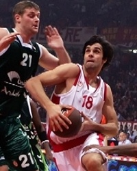 Milos Teodosic - Olympiacos, Robert Archibald and Omar Cook - Unicaja
