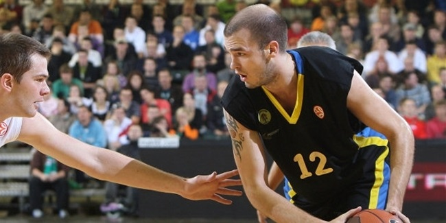 Pat Calathes reunites with Panathinaikos, brother Nick