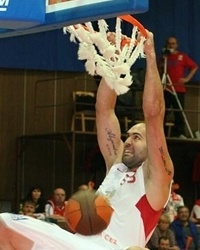 Phil Ricci - CEZ Basketball Nymburk (Photo: basket-nymburk.cz)