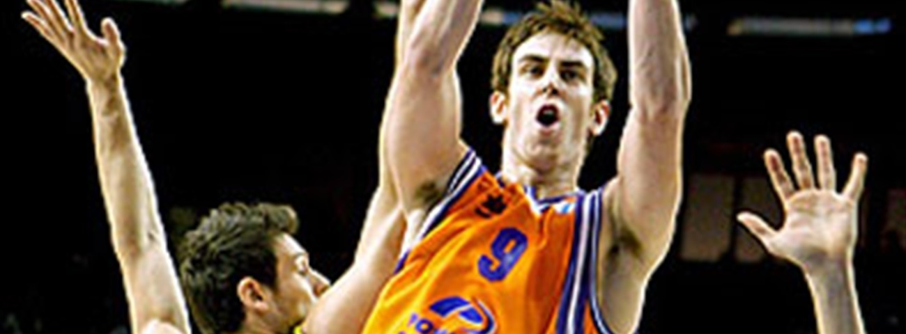 2009-10 Eurocup Rising Star Trophy Victor Claver, Power Electronics Valencia