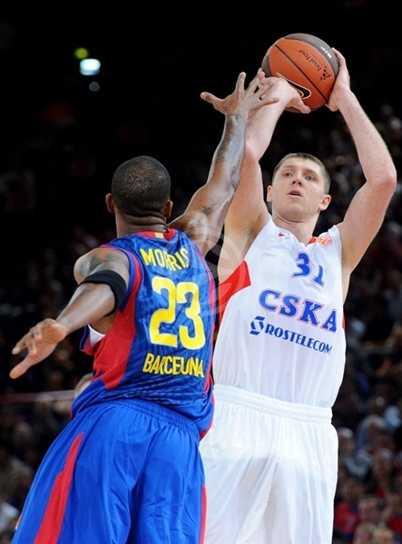 Viktor Khryapa - CSKA Moscow - Final Four Paris 2010