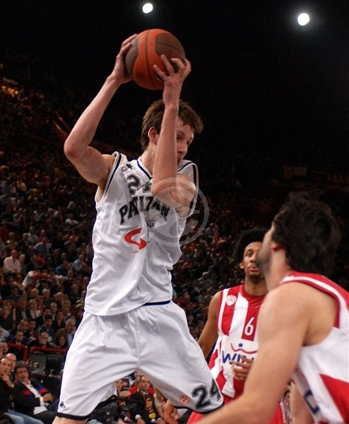 Jan Vesely - Partizan - Final Four Paris 2010