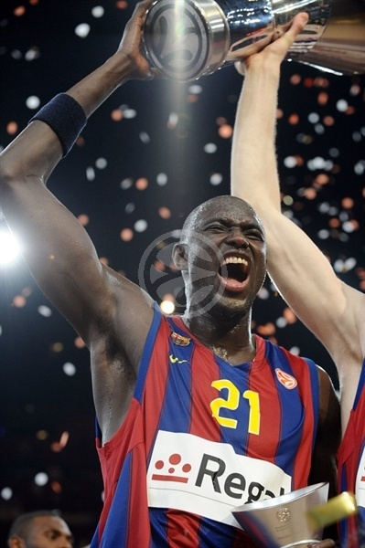 Boni Ndong - Regal FC Barcelona Champ - Final Four Paris 2010