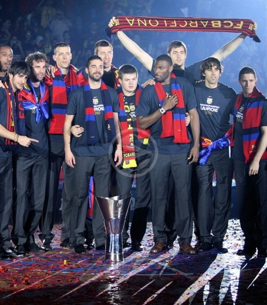 Players Regal FCB celebrates in Barcelona (photo www.fcbarcelona.cat)
