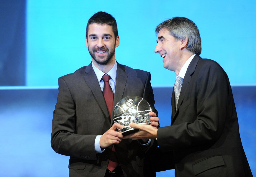 Juan Carlos Navarro, First Euroleague Team 2009-10 - Awards Ceremony at Hotel de Ville - Final Four Paris 2010