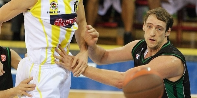 Sassari completes roster with Denis Marconato