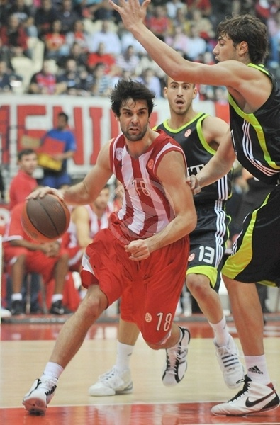 Milos Teodosic - Olympiacos - Opening Game Euroleague 2010-11