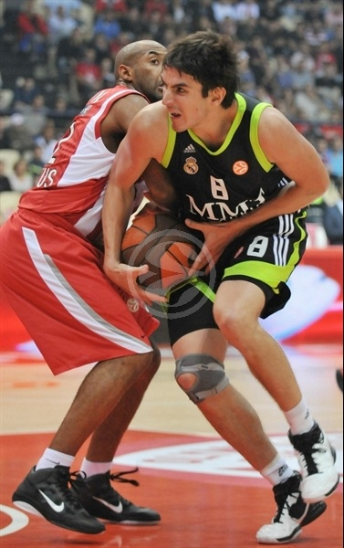Carlos Suarez - Real Madrid - Opening Game Euroleague 2010-11
