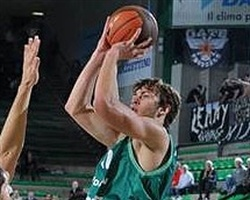 Donatas Motiejunas - Benetton Bwin (Photo: benettonbasket.it)