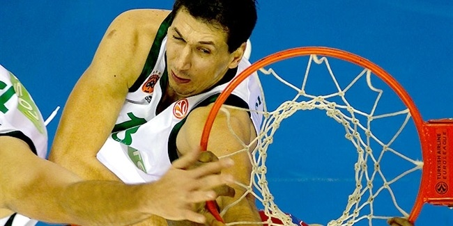 Dimitris Diamantidis wins sixth Best Defender Trophy