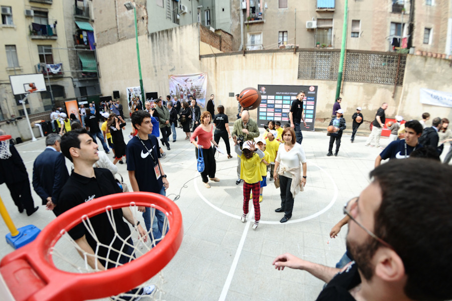 Euroleague for life brings new court - Final Four Barcelona 2011