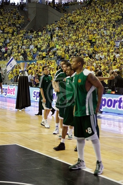 Panathinaikos takes the floor!