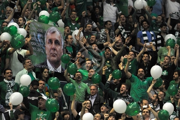 Panathinaikos in Pre-game Final - Final Four Barcelona 2011