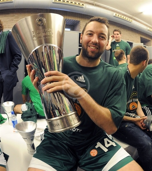 Ian Vougioukas, Champ! - Panathinaikos - Final Four Barcelona 2011