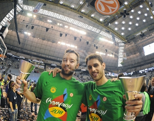 Ian Vougioukas and Stratos Perperoglou, Champ! - Panathinaikos - Final Four Barcelona 2011