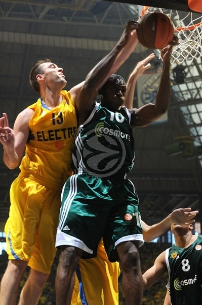 Romain Sato - Panathinaikos - Final Four Barcelona 2011