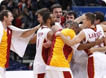 Galatasaray celebrates Qualifying Euroleague in Vilnius