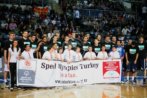 Players Anadolu Efes and Partizan with Special Olympics in Istanbul