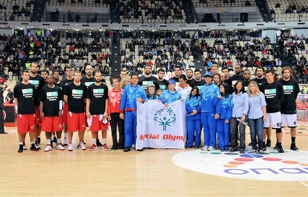 Players Olympiacos and Gescrap BB with Special Olympics in Athens