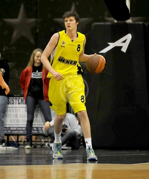 James Birsen - Fenerbahce Ulker junior team - Rome 2011, NIJT_36049