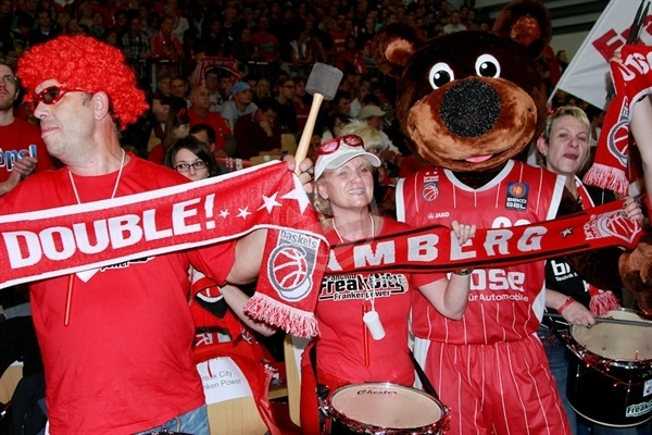 Brose Baskets fans