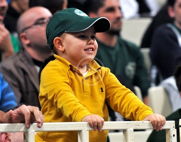 Young Panathinaikos fan