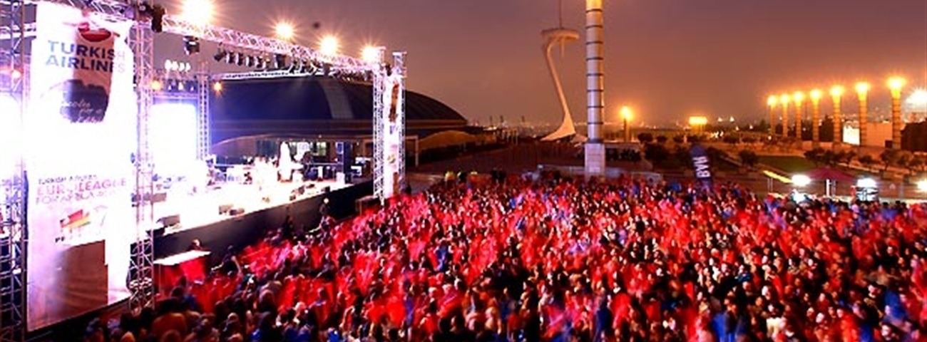 Dancing the night away at Turkish Airlines Euroleague For Africa concert