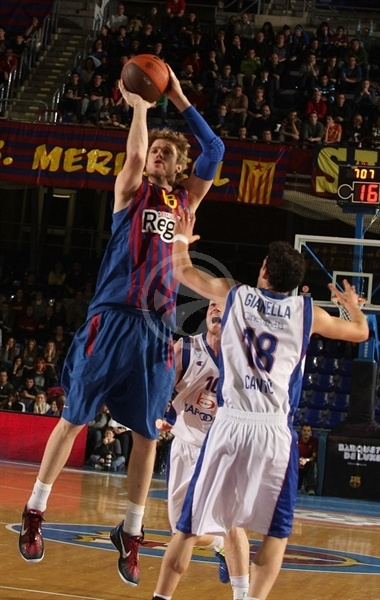 CJ Wallace - FC Barcelona Regal