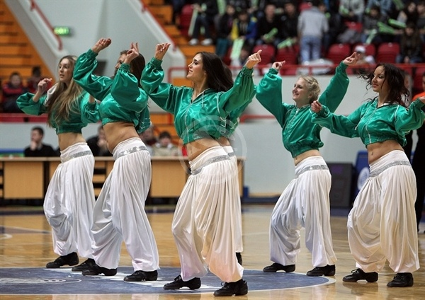 Unics Kazan cheerleaders