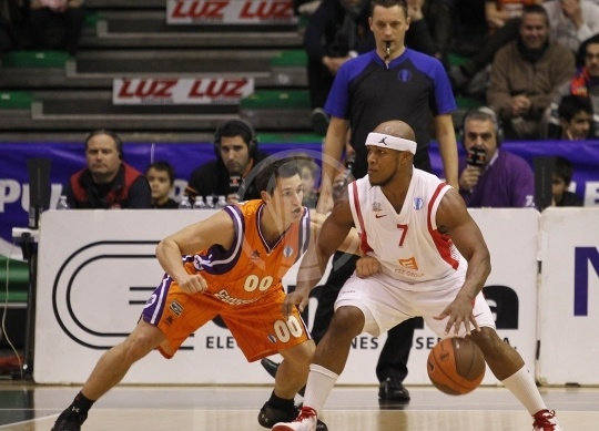 Eugene Lawrence - CEZ Nymburk (photo Valencia Basket)