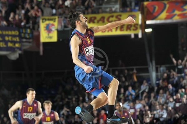 Juan Carlos Navarro celebrates - FC Barcelona Regal