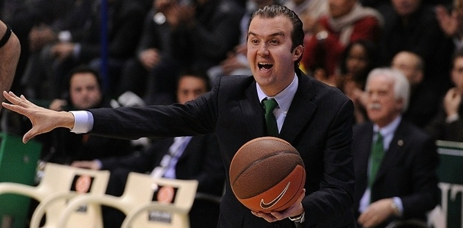 Fenerbahce Ulker makes Pianigiani its head coach