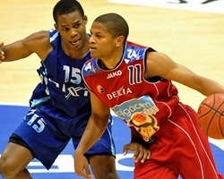 Dominic Waters joins Olimpija